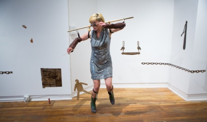 live performance by Agnes Nedregard, photo James Boddington